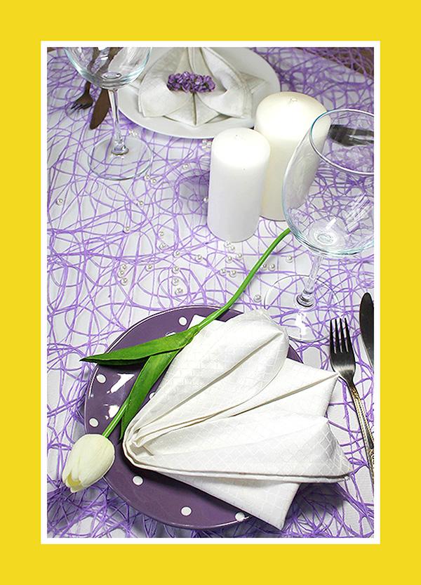 Tischdeko für Hochzeit weisse Lilie aus Stoffserviette